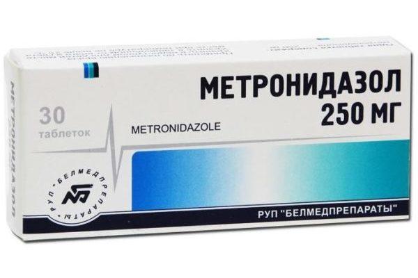 обработать рассаду Метронидазолом