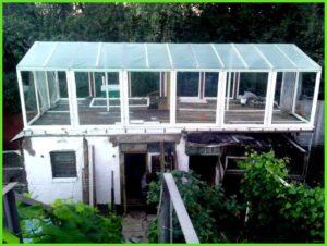 теплица на крыше дома